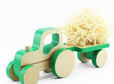 اسباب بازی تراکتور چوبی